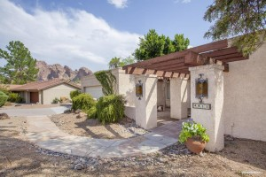 Phoenix Homes for Sale with Mountain View