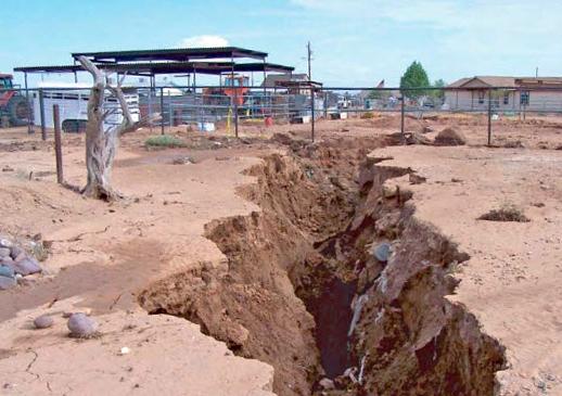 AZ-fissure sinkhole in Apache Junction